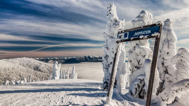 More fresh snow means resorts in California and Oregon will open for the season.