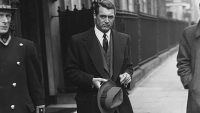 Cary Grant leaves a London Hotel in 1946.