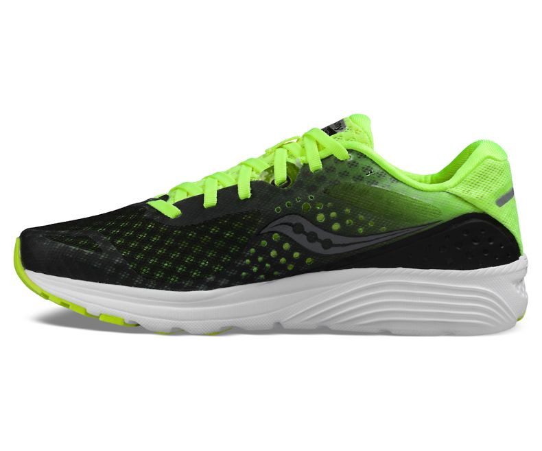 are saucony good walking shoes