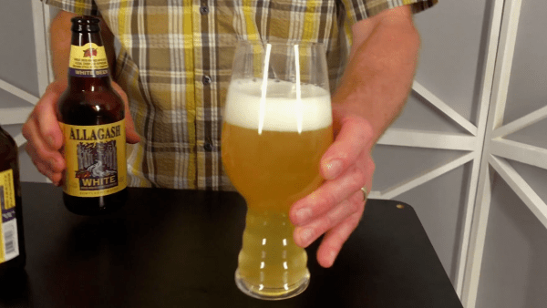 how to pour beer