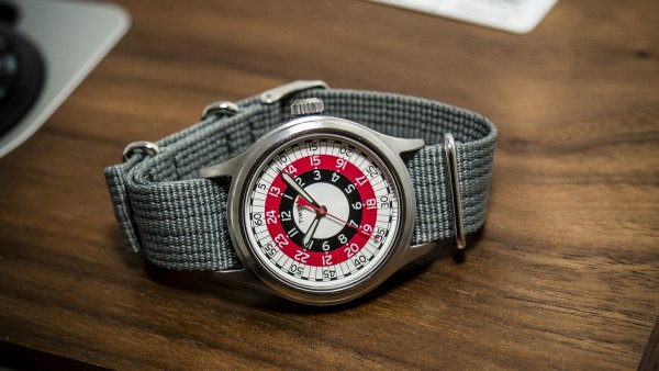 timex-x-todd-snyder-mod-watch-_-138-_-available-in-the-us-at-toddsnydercom_4-a460450d-e445-4fba-8196-71f549c23cb5